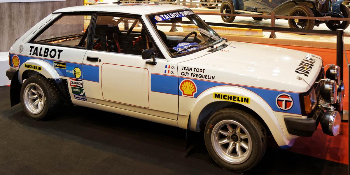 El Talbot Sunbeam Lotus Grupo 2 de rallyes con los colores del equipo oficial
