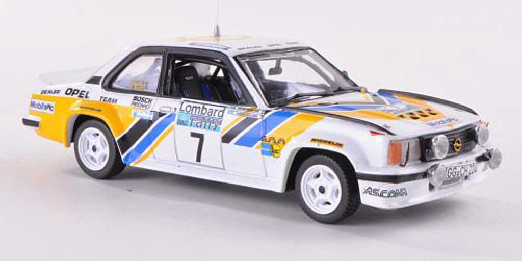Reproducción a escala del Opel Ascona 400 pilotado por Anders Kullang en el Lombard RAC Rally de 1980